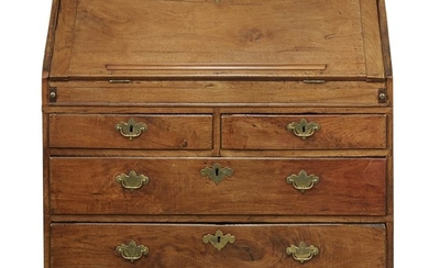 Queen Anne walnut slant-front desk Virginia, circa 1730-1740 H:...
