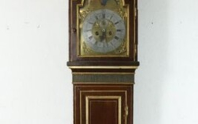 Wooden floor clock in lacquered and gilded wood.