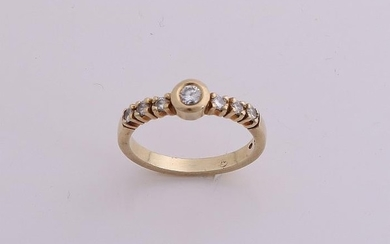 Yellow gold ring, 585/000, with diamond. With diamond