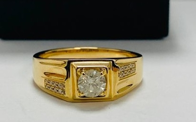 14ct Yellow Gold Diamond gents ring featuring centre,...