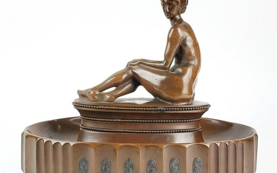 A Fine Art Deco Bronze Staue of Nude Woman Signed H.