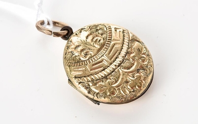 A VICTORIAN STYLE GOLD CASED LOCKET, TOTAL LENGTH 34MM (INCLUDING BALE)