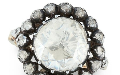 AN ANTIQUE DIAMOND CLUSTER RING, DUTCH 19TH CENTURY in