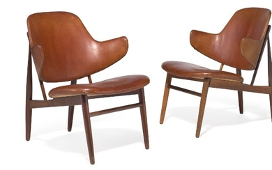 Ib Kofod-Larsen: A pair of Brazilian rosewood lounge chairs. Seat and back upholstered with original, patinated Niger leather. Model DP 9. (2)