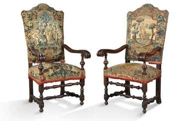 PAIR OF LARGE STYLE STYLE FALLS LOUIS XIII...