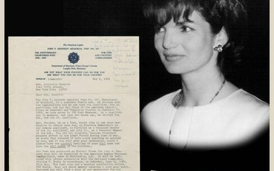 Two handwritten notes by Jackie Kennedy, one on very