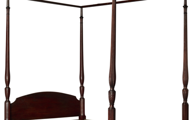 VERY FINE AND RARE FEDERAL CARVED MAHOGANY MARLBORO-FOOT TESTER BEDSTEAD, PROBABLY RHODE ISLAND, CIRCA 1780