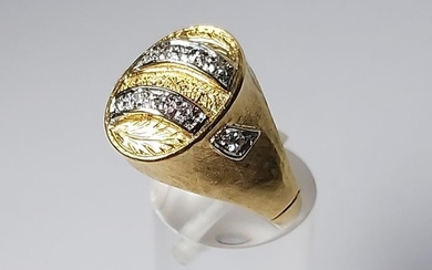 18 kt. White gold, Yellow gold - Ring - 0.12 ct Diamond
