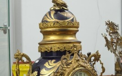 A FRENCH GILT BRONZE MOUNTED PORCELAIN MANTEL CLOCK, WITH BRONZE EAGLE FINIAL AND GILT BRONZE BASE, 82 CM HIGH, LEONARD JOEL LOCAL D...