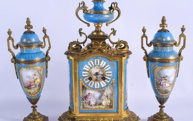 A GOOD 19TH CENTURY FRENCH PORCELAIN AND BRONZE CLOCK