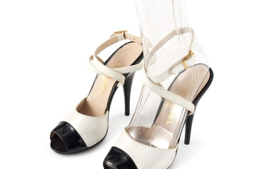 CHANEL | PAIR OF WHITE AND BLACK LEATHER AND PATENT LEATHER SANDALS