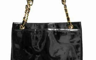 """""""Chanel"""" Tote bag in black patent leather"""