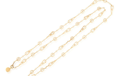 Description AN EARLY 20TH CENTURY GOLD LONG CHAIN NECKLACE,...
