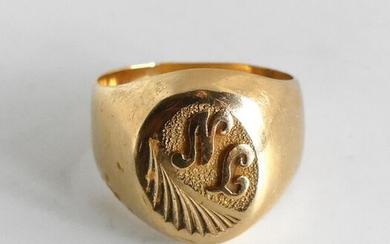 HORSE HORSE numbered NL in yellow gold. Weight 6,1 g