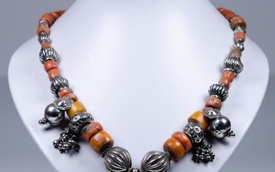 Necklace with corals, amber and turquoise - Silver - Asia - Second half 20th century