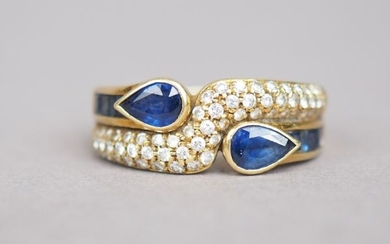 "Ring ""Toi Moi"" in yellow gold, set with sapphires, calibrated sapphires and small diamonds."