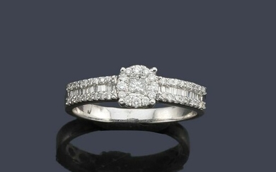 Ring with brilliant, princess and baguette cut diamonds