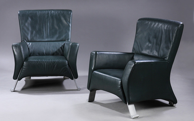 Rolf Benz. A pair of lounge chairs model 322, green leather. (2)