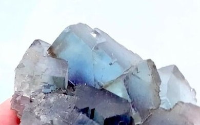"""a piece of sky"" blue fluorite in large crystals - 12×10×3 cm - 300 g"