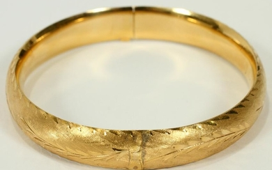 14KT YELLOW GOLD LADIES BANGLE BRACELET, L 7.25''