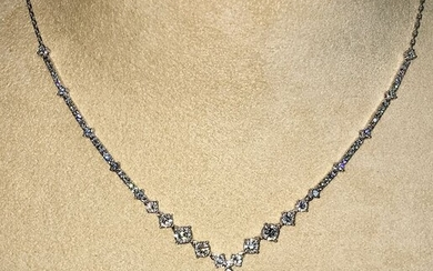 18 kt. Natural pearls, White gold, with diamonds - Certified Natural pearls GIA Laboratory - Necklace - 9.31 ct - Diamonds