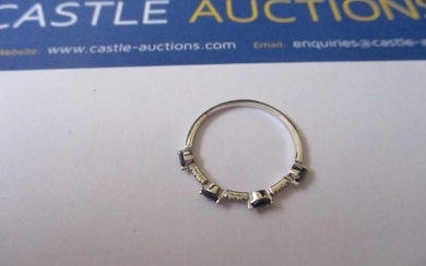 18ct White Gold Sapphire and Diamond Ring Size R/S