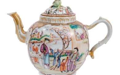 18th century Chinese teapot and cover of large size