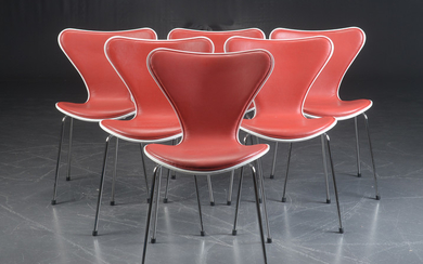 Arne Jacobsen. A set of six 'Series 7' dining chairs / stacking chairs, model 3107, red label (6)