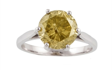 A DIAMOND SOLITAIRE RING of approx. 3.80ct, fancy yellow, I2...