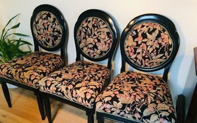 A set of three mahogany chairs with medallion back, seat and back upholstered with floral cover, c. 1880. H. 93.5 cm. (3)