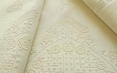 Antique pure linen bedding set with large hand embroidery. 220 x 280 cm (2) - Linen - Second half 19th century