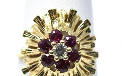 Estate 14kt Yellow Gold Ruby & Diamond Ring