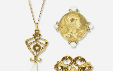 Group of Art Nouveau jewelry