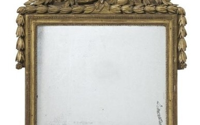 Italian Carved Giltwood Neoclassical Mirror