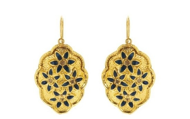 Pair of portuguese gold earrings
