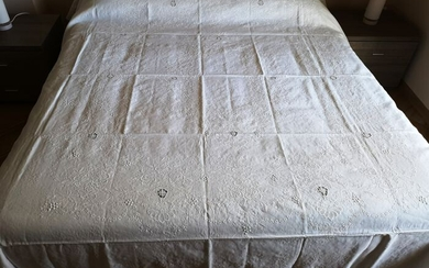 wonderful double bedspread in 100% linen with hand stitch and satin stitch - 280 x 240 cm - Linen - 21st century