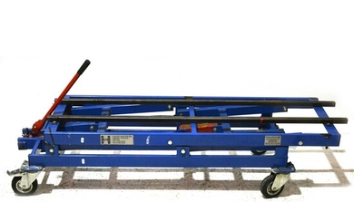 A Handy Height large scale train locomotive carrier / transporter, with fitted 7 1/4inch rails