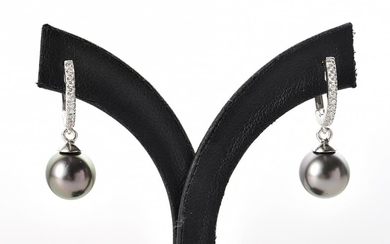 A PAIR OF TAHITIAN PEARL MEASURING 9.8MM AND CUBIC ZIRCONIA EARRINGS TO LEVER BACK HOOP FITTINGS IN SILVER