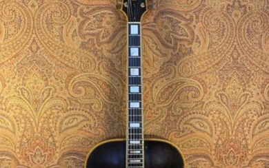 GUITAR ARCHTOP - Gibson.