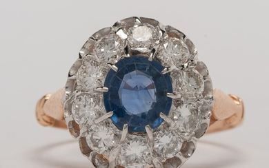 Gold Ring Set with Sapphire and Diamonds