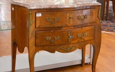 Small French Louis XV style chest of drawers...