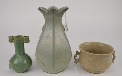 THREE CHINESE CRACKLE GLAZE POTTERY VESSELS - Lot