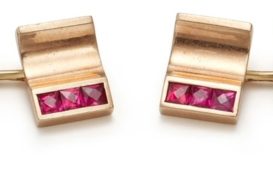 A Pair of Synthetic Ruby and Gold Cufflinks