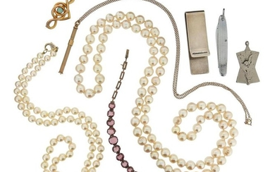 A mixed group of jewellery, including two cultured...