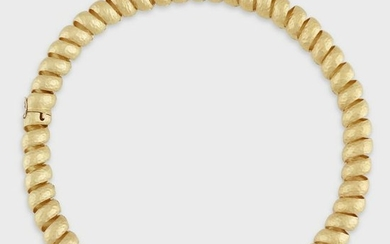 An eighteen karat gold reversible necklace