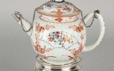 Chinese Imarie 18th porcelain teapot with silver