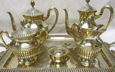 Coffee and tea service - .915 silver - 3098 gr. - Spain - First half 20th century