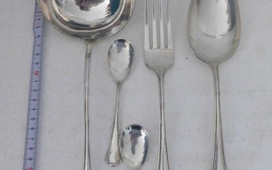 Cutlery set, Three serving cutlery and two teaspoons (5) - .800 silver - Italy - Mid 20th century