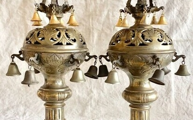 Jewish Austrian Silversmith - Judaica - A pair of magnificent Torah finials - similar in museum collection (2) - Silverplate