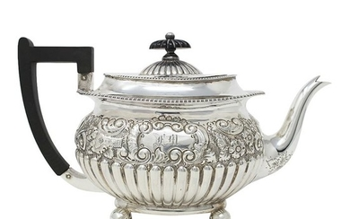 Large Victorian Sterling Silver Teapot - .925 silver - Richard Martin & Ebenezer Hall, Sheffield - England - 1899